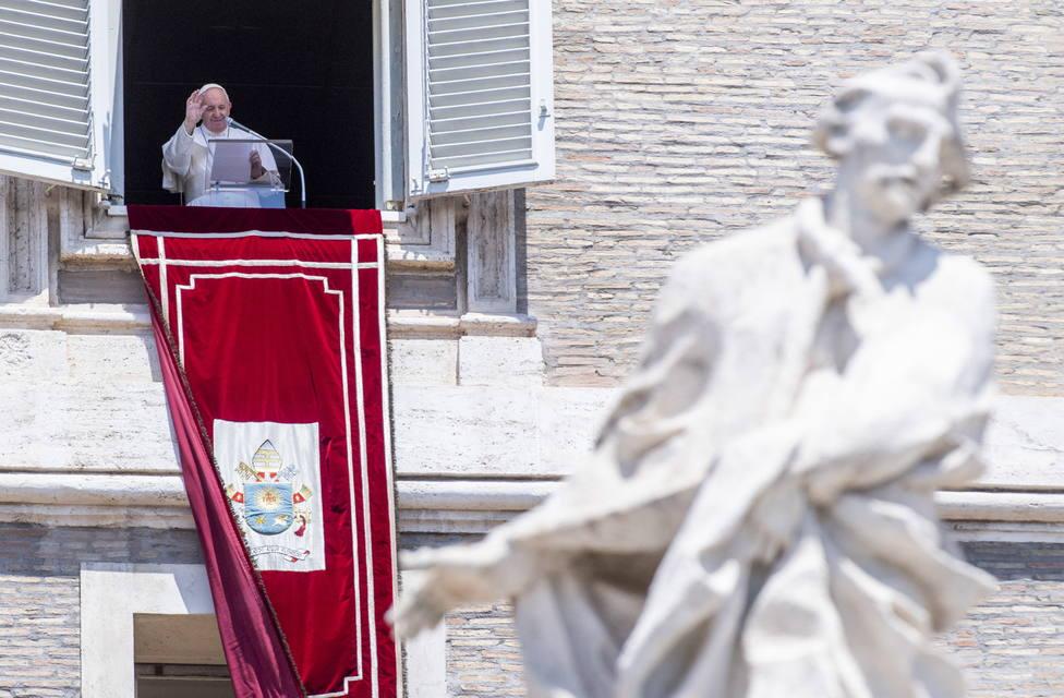 El Papa Francisco acepta la renuncia a la condición de cardenal de monseñor Angelo Becciu