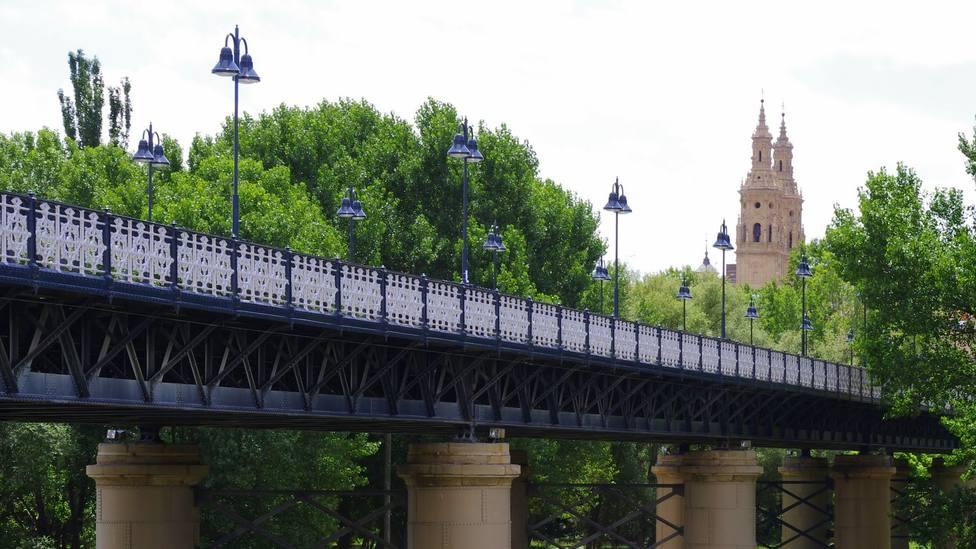 El Puente de Hierro de Logroño cerrado este fin de semana para instalar un sistema de iluminación LED