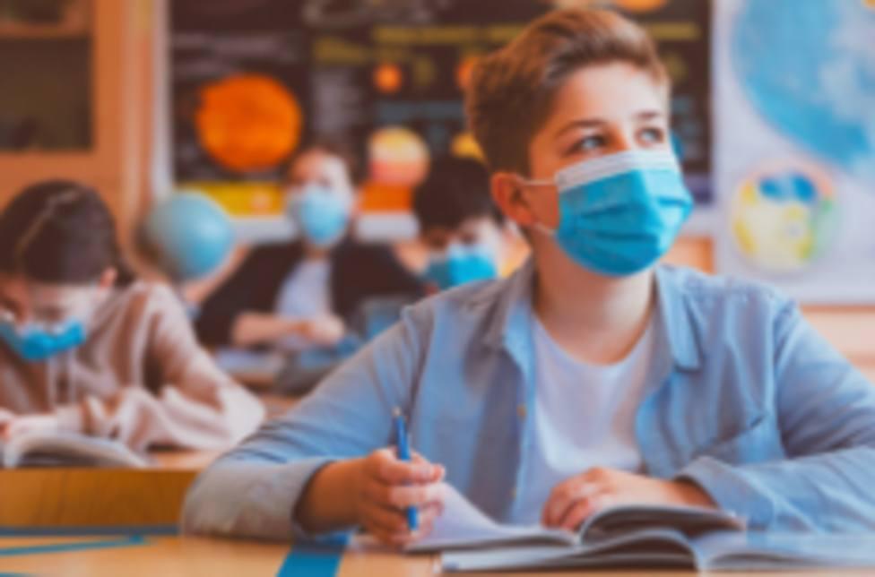 Vuelta al cole sin incidentes para casi 4.000 alumnos de las pedanías de Lorca