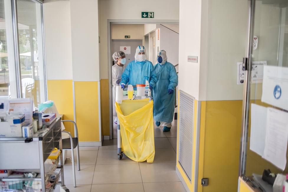 La epidemia se acelera en Cataluña: 1.495 positivos y doce muertos en las últimas 24 horas