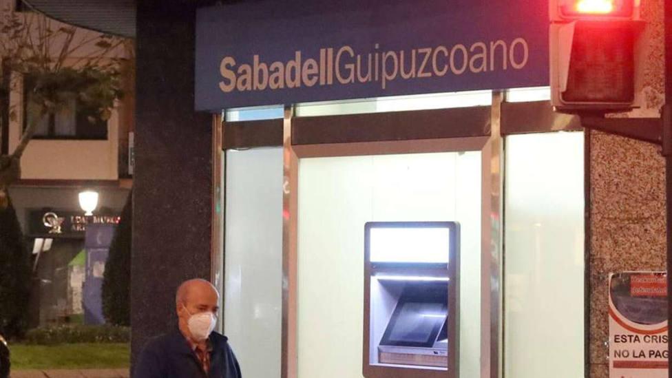 Una oficina del Sabadell este viernes en Bilbao