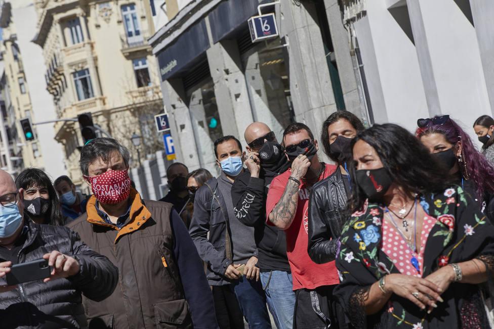 Los candidatos en Madrid el 4-M se lanzan a la caza de más de 660.000 indecisos