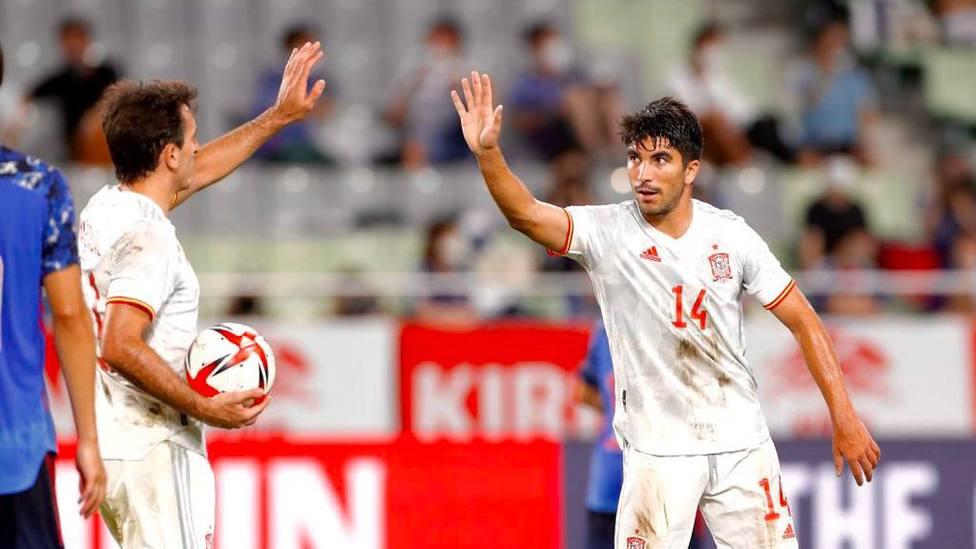 Soler felicitado por Oyarzabal