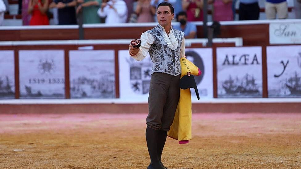 Octavio Chacón con la oreja cortada este sábado en la Corrida Magallánica de Sanlúcar