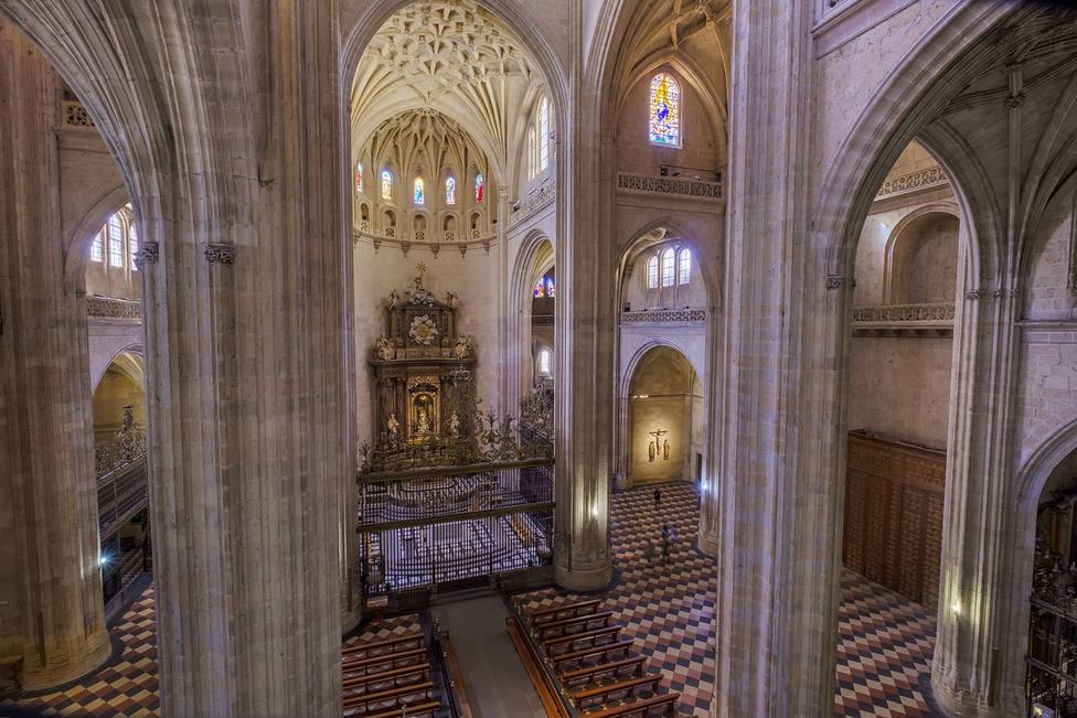 ctv-lh9-20190606 catedral-altar-via-sacra-desde-organo kam3670-hdr