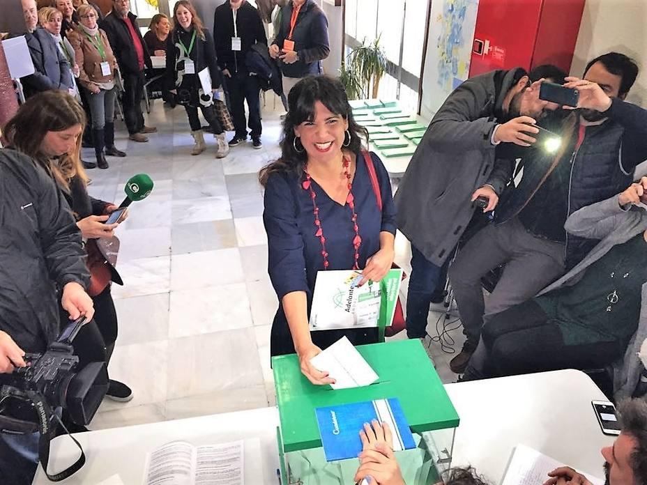 Teresa Rodríguez desea que haya participación masiva porque es importante que los andaluces hagan política