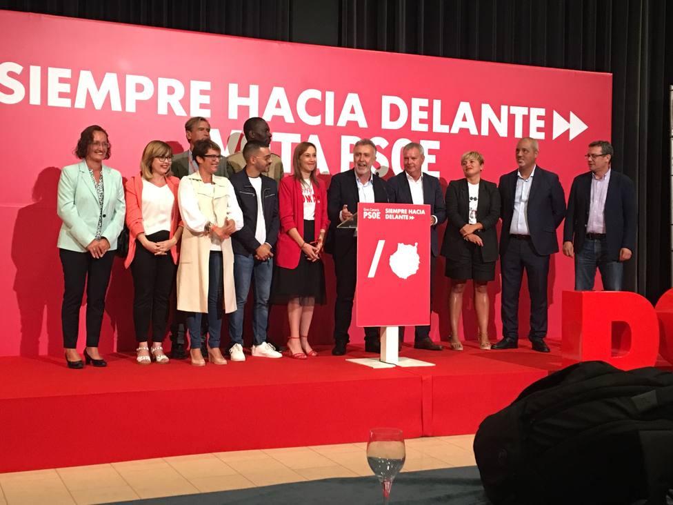 Torres (PSOE) iniciará este lunes las conversaciones para formar un Gobierno de Canarias estable