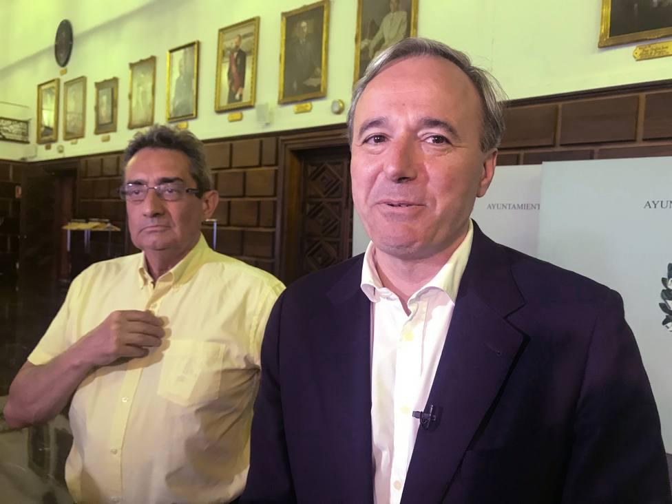 PP y Vox acercan posiciones para investir al popular Jorge Azcón como alcalde de Zaragoza