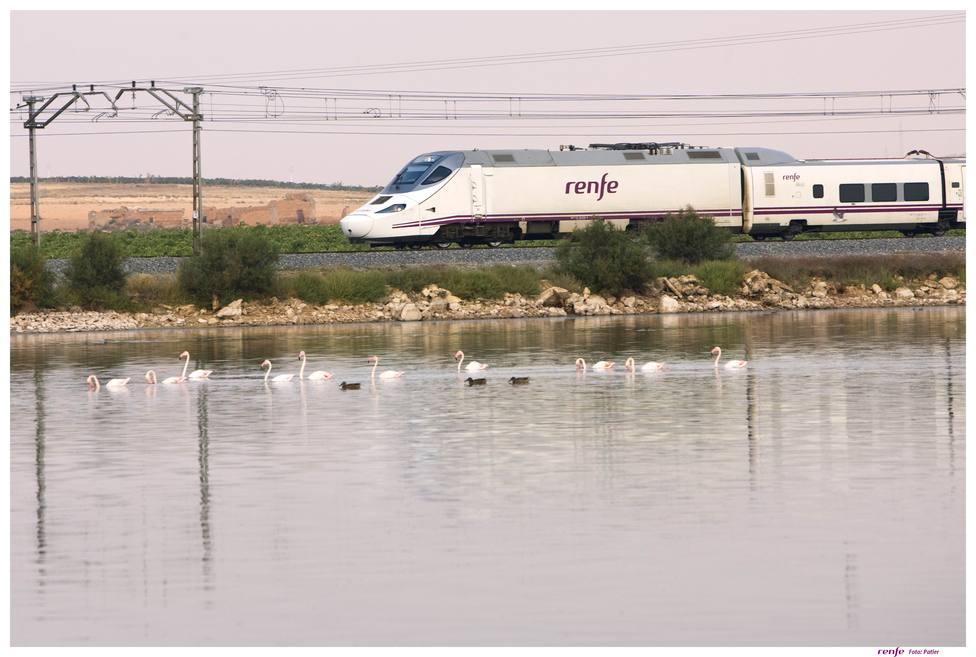 Suspendida una manifestación en Madrid en protesta por el tren a Algeciras por no tener billetes para volver