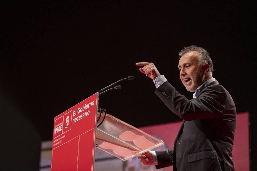 El Secretario General de PSOE Canarias, Ã?ngel Victor Torres, interviene en la Conferencia Municipal de PSOE de Gran Canaria