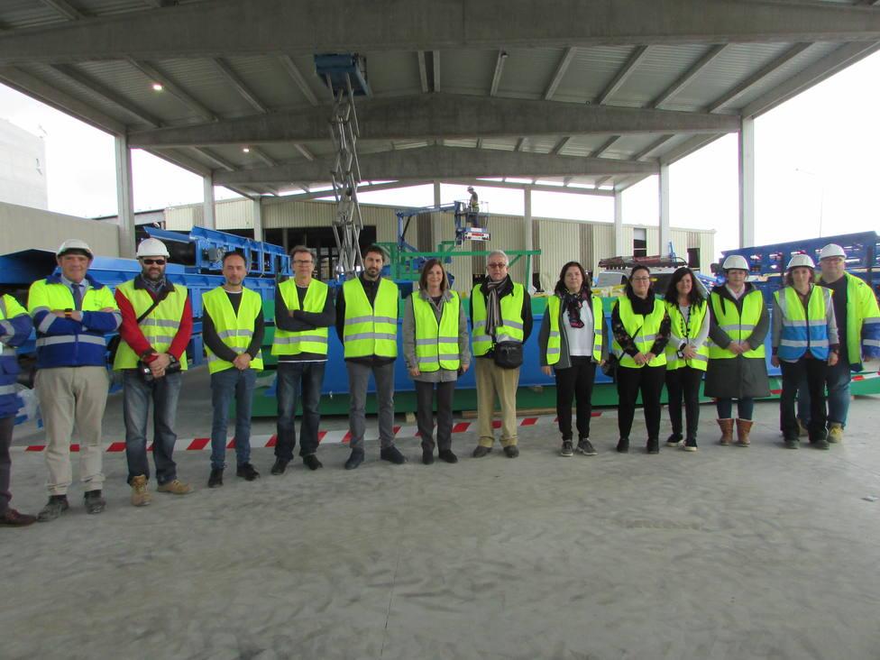 Se inicia la instalación de maquinaria en las nuevas naves de tratamiento de residuos de Milá