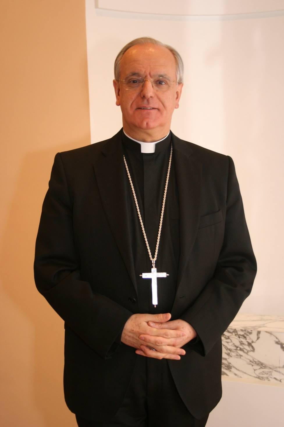 Obispo de Ourense analiza la Semana Santa