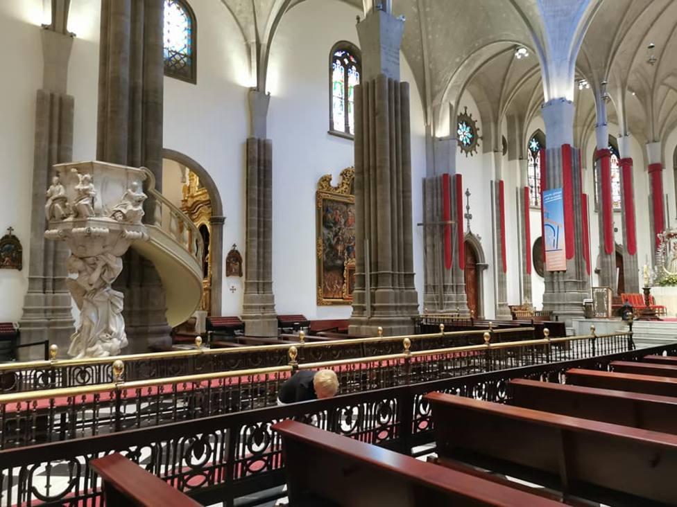 Limpieza y señalización en la Catedral de La Laguna