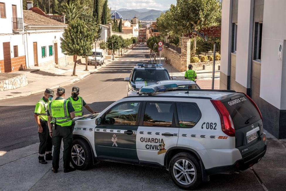 21 agentes, policías y guardias civiles, han muerto por coronavirus durante la pandemia