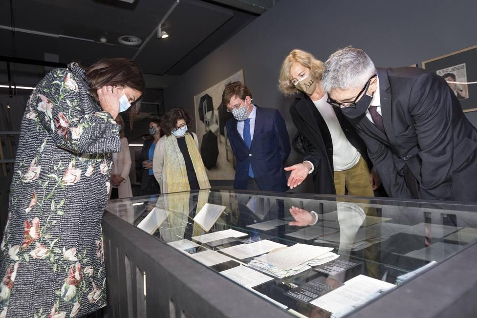 Marlaska visita la exposición que recuerda a Gregorio Ordóñez al cumplirse 25 años de su asesinato por ETA