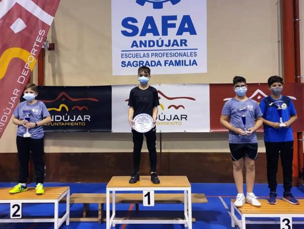El alevín motrileño Rafa Pedregosa se proclama campeón de Andalucía de tenis de mesa