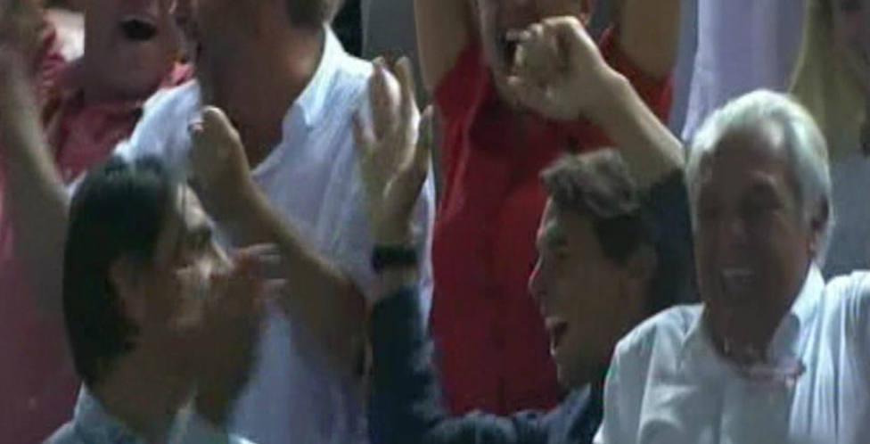 Rafa Nadal celebra el ascenso del RCD Mallorca en Son Moix en 2019