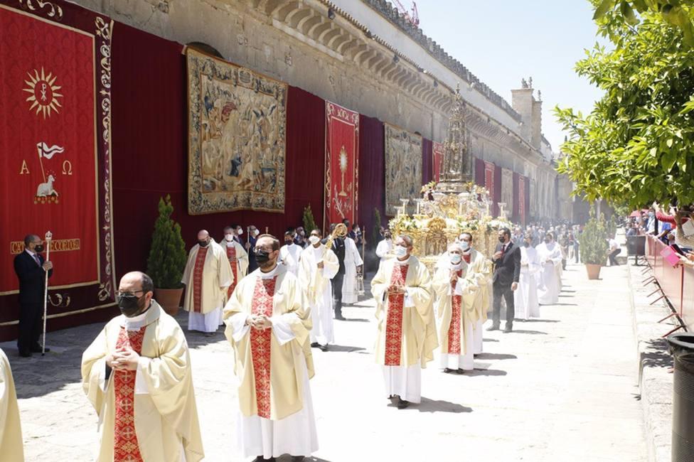 Cultura autoriza engalanar el Patio de los Naranjos de la Mezquita con motivo del Corpus Christi