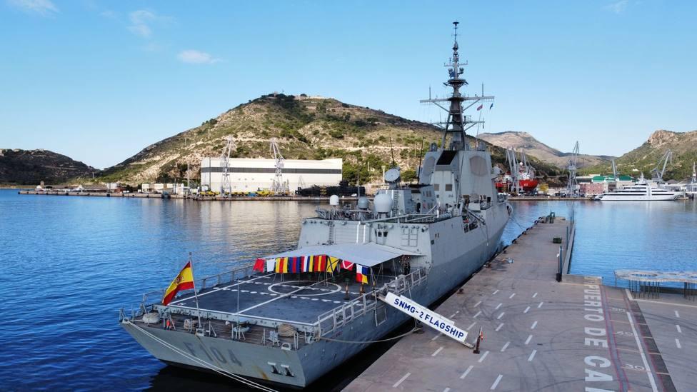 La fragata en el momento de finalizar su misión como buque de mando - FOTO: Armada